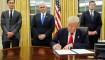 Presiden Trump langsung cabut Obamacare